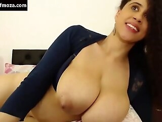 Lkria indian hot woman