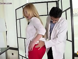 Alloy Niks Indian fucks powerless patient's wife